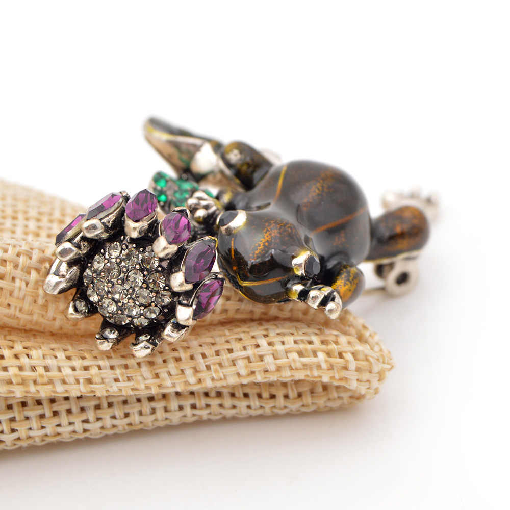 CINDY XIANG New Arrival Enamel Frog Brooches for Women Cute Fashion Animal Brooch Pin High Quality Vintage Jewelry 2 Colors Pick