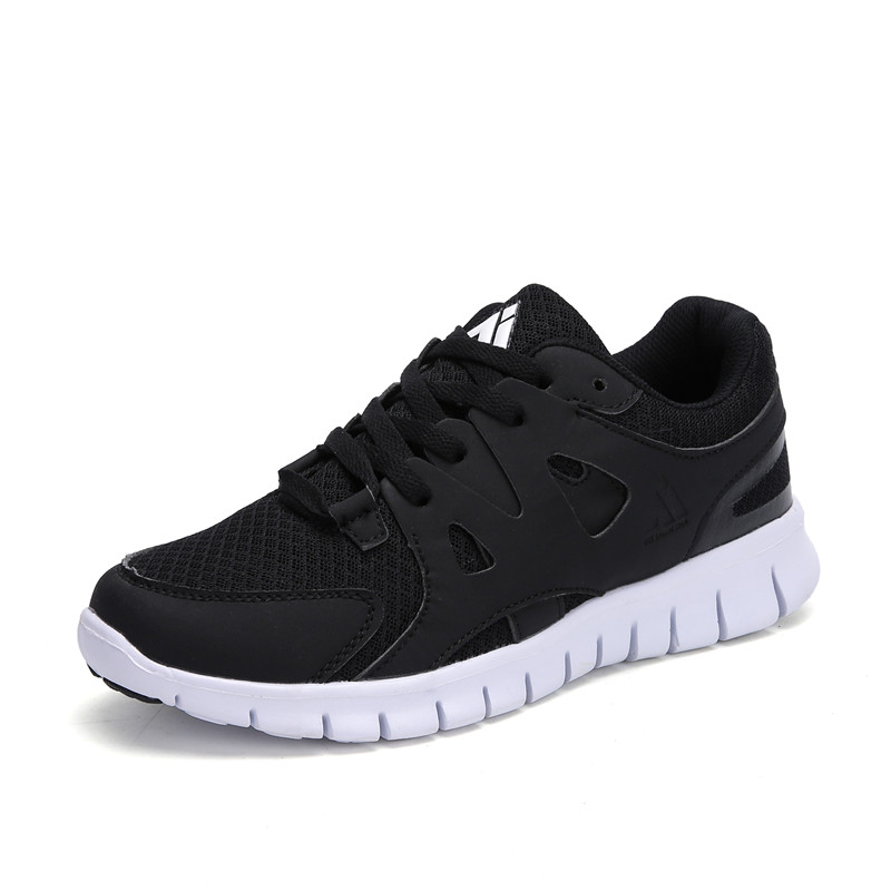 2018 Summer Running Shoes Men Breathable Mesh Trainers Outdoor Lace Up Man Sneakers Autumn Camping Sport Shoes Boy Masculino