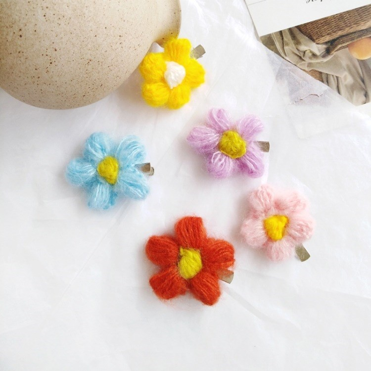 2019 1Pcs Fashion Wool Rose Flower Hair Clips Plant Cute Crochet Wool Flower Barrette Accessories Beauty Hairgrips(China)
