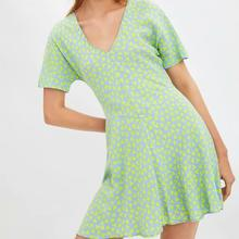 Mini Printed Dress Women Summer Casual V-neck A-line Sweet Light Green Dresses For Girls sweet square neck sleeveless circle printed dress for women