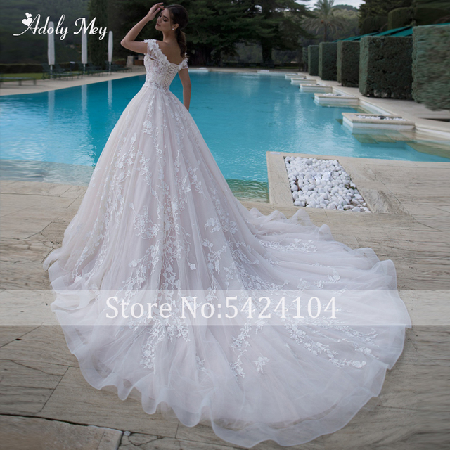 Adoly Mey Gorgeous Appliques Flowers A-Line Wedding Dresses 2021 Luxury Beaded Boat Neck Lace Up Princess Bridal Gown Plus Size 2