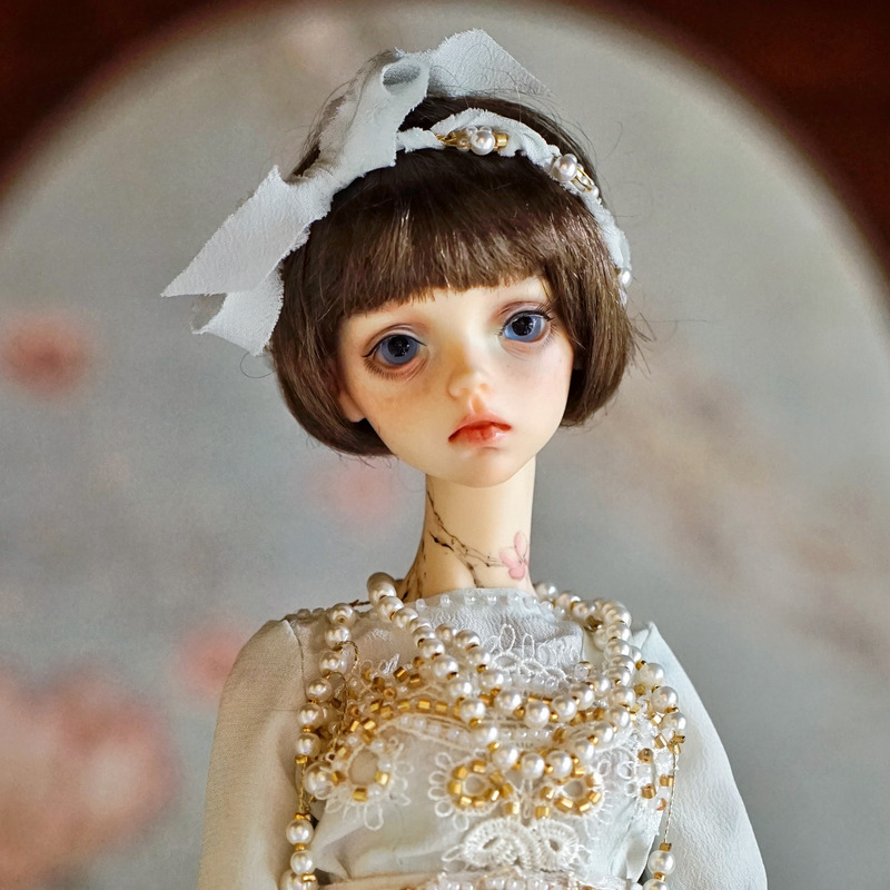 Shugofairy Vojta BJD SD Doll 1/4 44cm Girl Slender Body Free Eye Balls Fashion Shop Lillycat