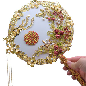 Image 2 - Kyunovia złoty bukiet luksusowy dla nowożeńców bukiet ślubny kości słoniowej wielki Gatsby broszka ślubna wentylator bukiet D150