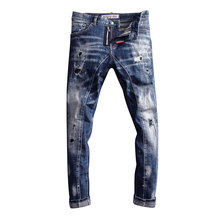 2020 włoski styl modne dżinsy męskie Slim Fit łączone projektant porwane jeansy męskie spodnie w stylu Hip Hop Streetwear jeansy dla motocyklistów tanie tanio CN (pochodzenie) Zipper fly HOLE Stałe Denim A2202 Proste Medium REGULAR Midweight Pełnej długości Stripe 28 29 30 31 32 33 34 36 38