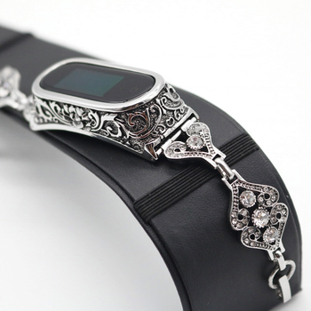 Women Metal Chain Bracelet for Xiaomi Mi Band 4 3 Watch Strap Jewelry Link Wrist Belt for MIband4 with 3D Carved Case Cover