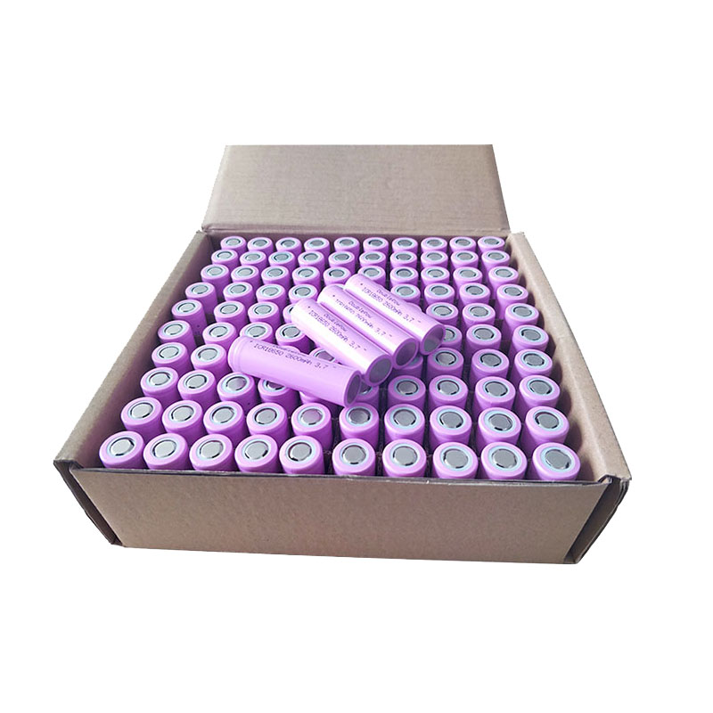 Rechargeable 100pcs /carton 3.7v ICR18650 2600mah bulk free shipping title=