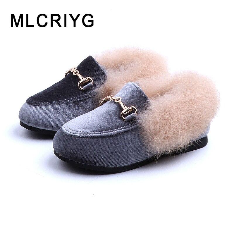 Novo inverno crianças sapatos de pele do bebê meninas quentes apartamentos crianças sapatos de couro do plutônio princesa marca mocassins moda mocassins preto