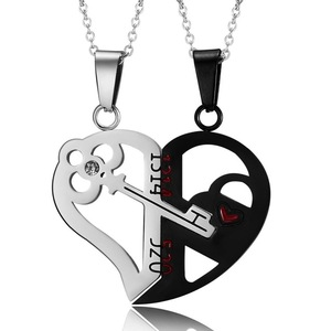 2 Pcs Couple Necklace Love you Broken Heart Key Locket Dad Mom Pendant Necklace Double Color Friends Family Lovers Jewelry Gift