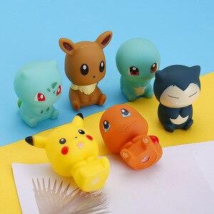 TAKARA TOMY-figuras de Pokémon Pikachu para niños, juguetes de baño, elfo en el estante