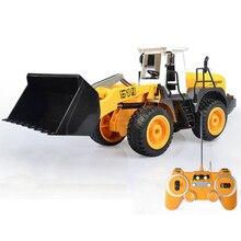 все цены на Engineering Vehicle 1:20 RC Bulldozer Toy Simulation Electric Remote Control Construction Truck Brinquedo For Children Xmas Gift онлайн
