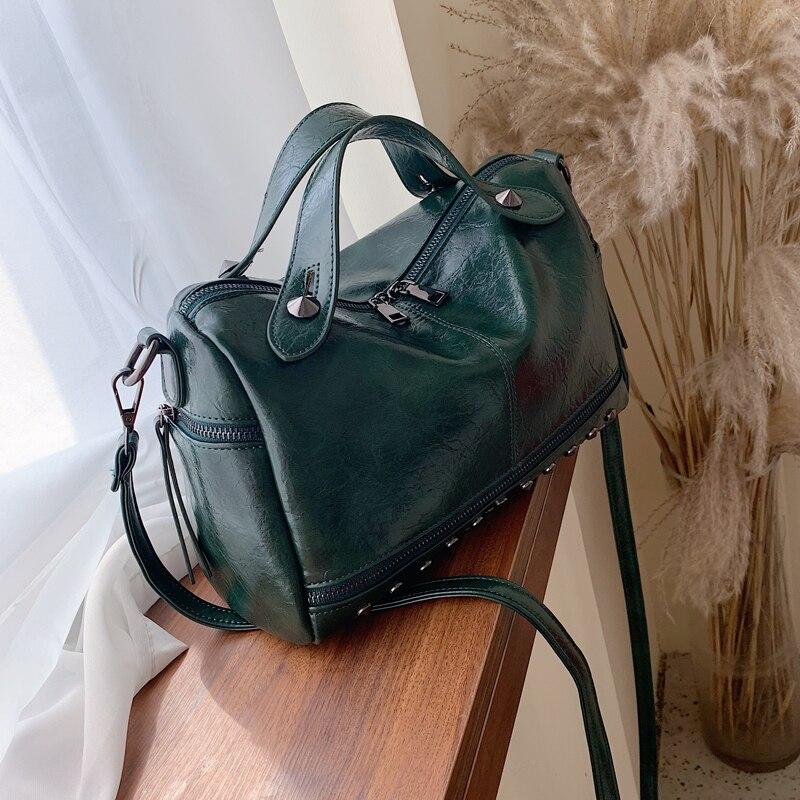 Vintage Large Tote Bag 2020 Fashion New High Quality Leather Women's Designer Handbag High Capacity Rivet Shoulder Messenger Bag