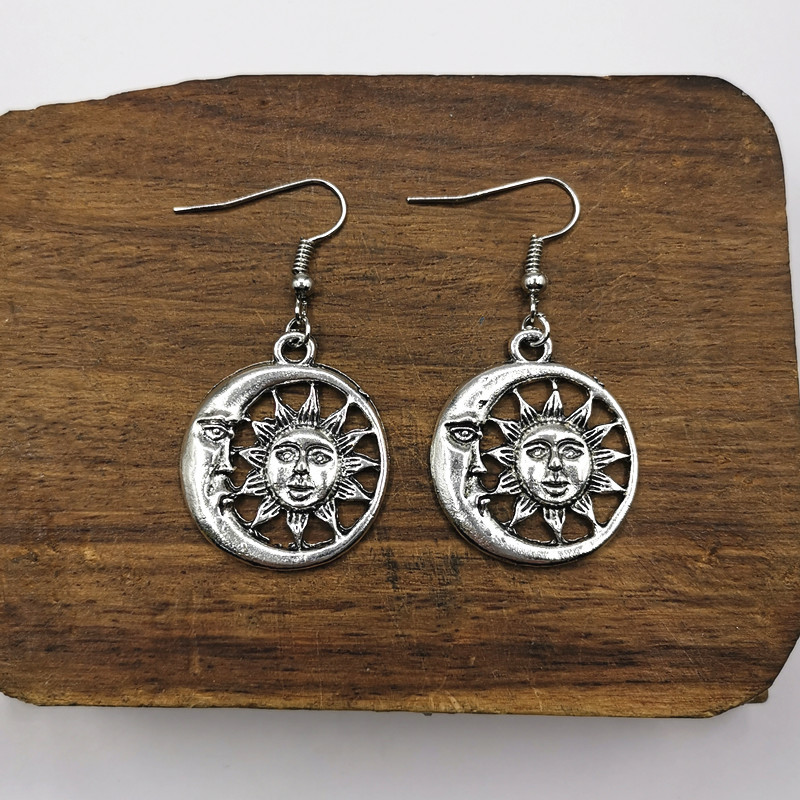 Sun And Moon Earrings,Celestial Earrings For Women Nickel-free,witch Gift