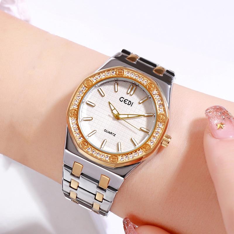 시계 미스 다이아몬드 간단한 Tuhao 골드 방수 패션 스트립 클래식 숙녀 시계 기질 새로운 럭셔리 여성 시계