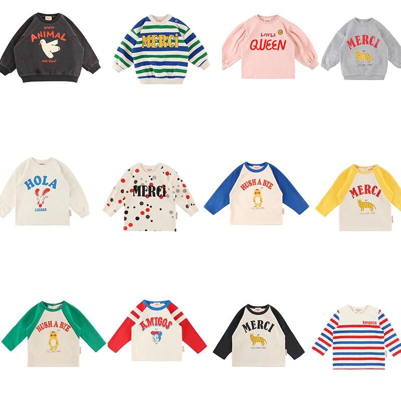 2019 Bebe de Pi ** bebés coreanos Niñas Ropa de otoño para niños Camiseta de manga larga encantadora estampado con letras y dibujo camisetas para bebés