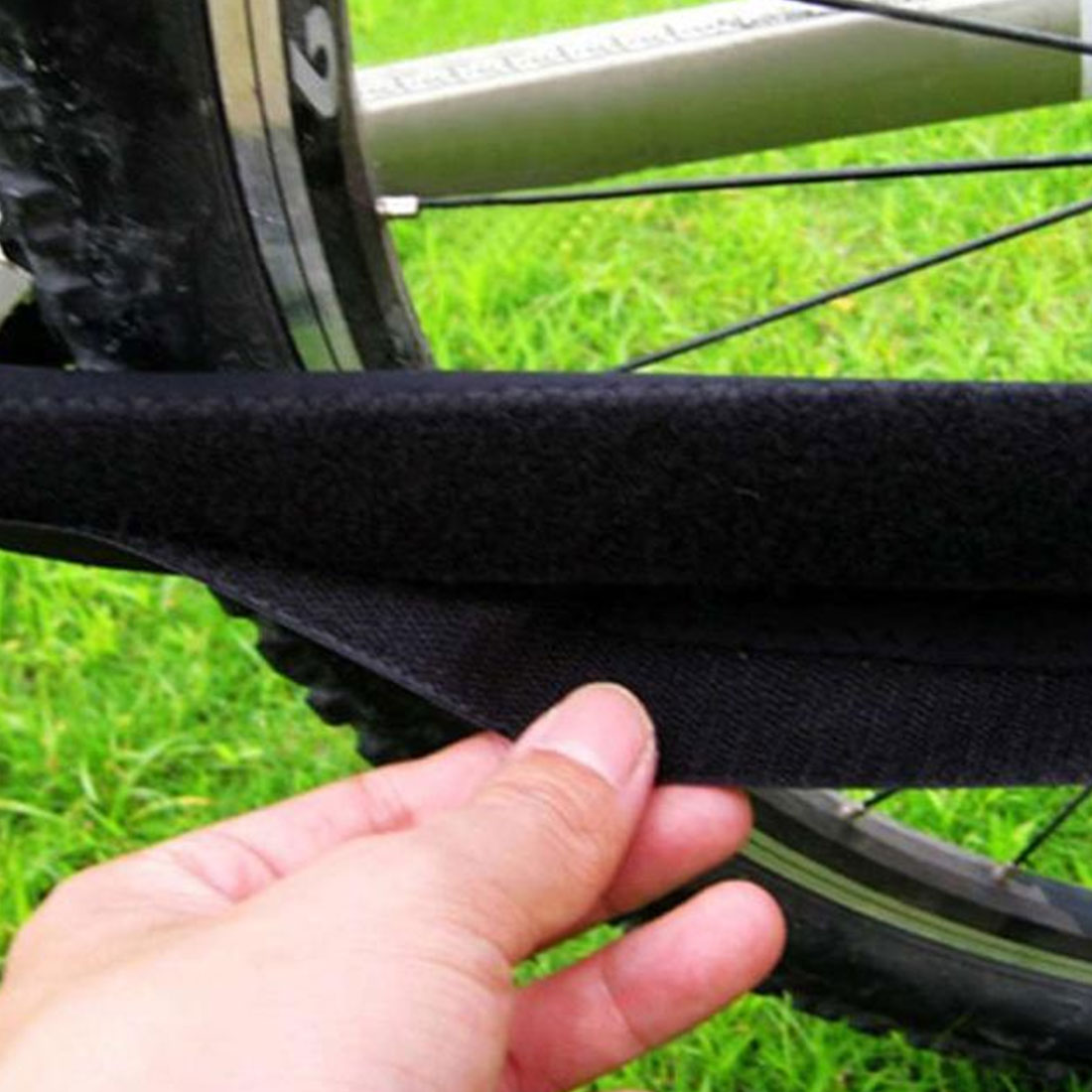 Durable Bike Care Chain Posted Guards To Protect The Black Box Frame protector bicycle accessories
