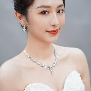 Image 2 - CWWZircons   boucles et bracelet pour mariées, boucles doreilles, collier, bague et bracelet brillants en zircone cubique 4 pcs, ensembles de bijoux pour mariée, accessoires dhabillage T344