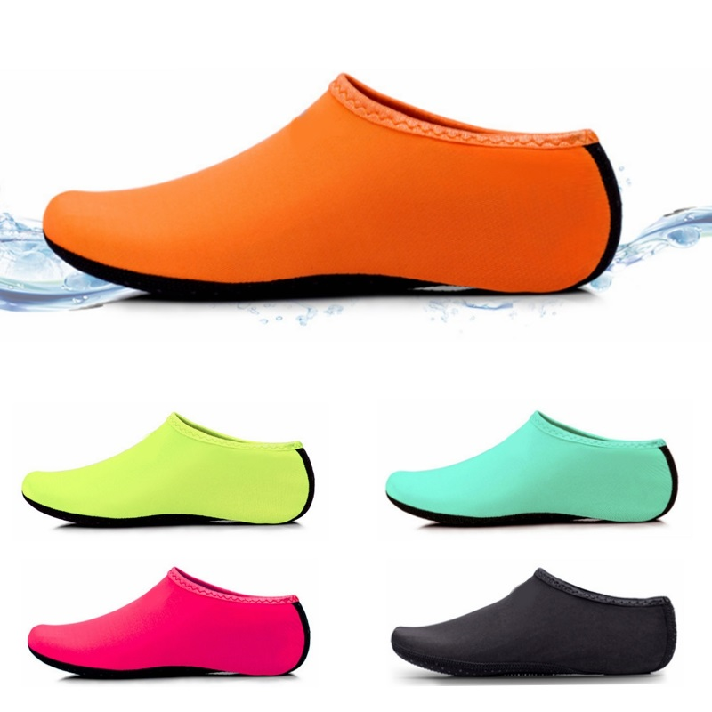 Outdoor Beach Shoes Soft Plush Slides Flats Non-Slip Shoes Socks Summer Swimming Water Breathable Shoes For Kids Men Women