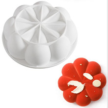 1PC Round Handmade Soap Mousse Cake Mold Eight Petal Flower Food Grade Silicone Mold Creative Dessert Mold Yuanxing Baking Mold soap flower modelling silicon soap mold fondant cake decoration mold sleep baby soap mold 100% food grade raw material