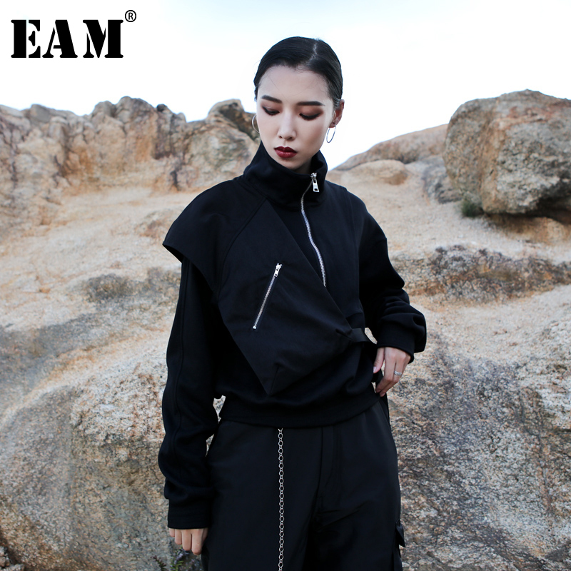 [EAM] Loose Fit Zipper Pocket Short Sweatshirt New Stand Neck Long Sleeve Women Big Size Fashion Tide Autumn Winter 2019 1A953