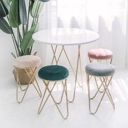 Taburete de hierro, silla de vestir, taburete de restaurante del norte de Europa, taburete moderno de dormitorio, taburete pequeño redondo original, taburete de zapatos
