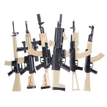1 6 złożyć pistolet Model dla 12 #8222 figurka karabin szturmowy AK47 M4 M16 AKM AK74 kolor wersja broń Model tanie i dobre opinie Z tworzywa sztucznego not for children under 3 years old Film i telewizja 6 lat assault rifle Unisex assemble gun model