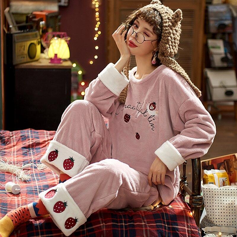 Automne hiver femmes mignon fraise motif dessin animé rose pyjamas deux pièces épais flanelle fille maison vêtements costume confortable chaud