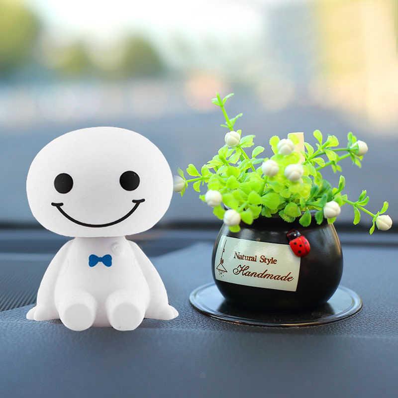 Mode Auto Ornamenten Shake Hoofd Pop Robot Speelgoed Schudden Leuke Speelgoed Auto Stijl Decoratie Cartoon Plastic Figuur Ornament