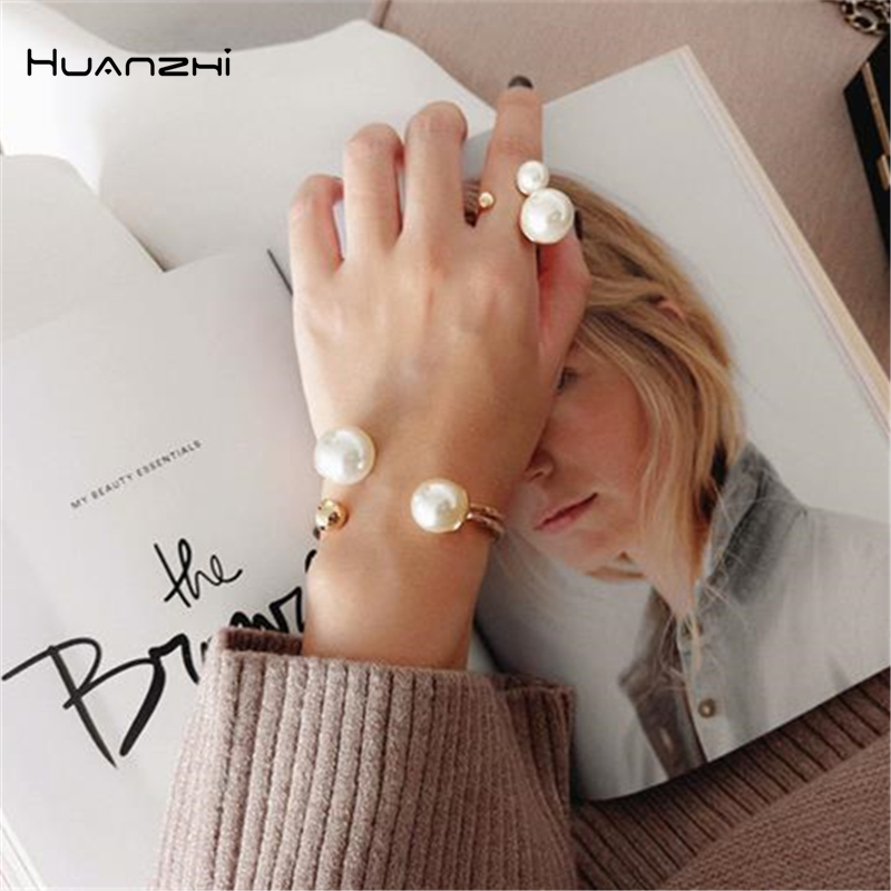 HUANZHI 2019 Geometric Asymmetry Pearl Double Layer Opening Adjustable Simple Jewelry Bangle for Women Girls Vacation Bracelet(China)