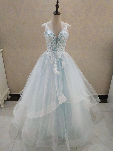 ZJ9204 Elegant A-Line V Neck Ruffles Tiered Boho Beach Champagne Wedding Dresses Deep Lace Appliques Gowns Custom 1