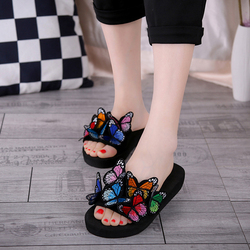 Women Bow Slippers Summer Bohemian Sandals Ladies 3D Butterfly Shoes Casual Outdoor Flat Non-slip Beach Slippers Female Slides