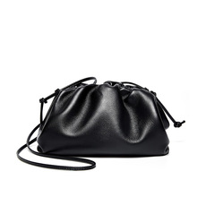 цена на High quality soft simple genuine leather cloud bag lady shoulder crossbody handbags designer women messenger bag new clutch bag