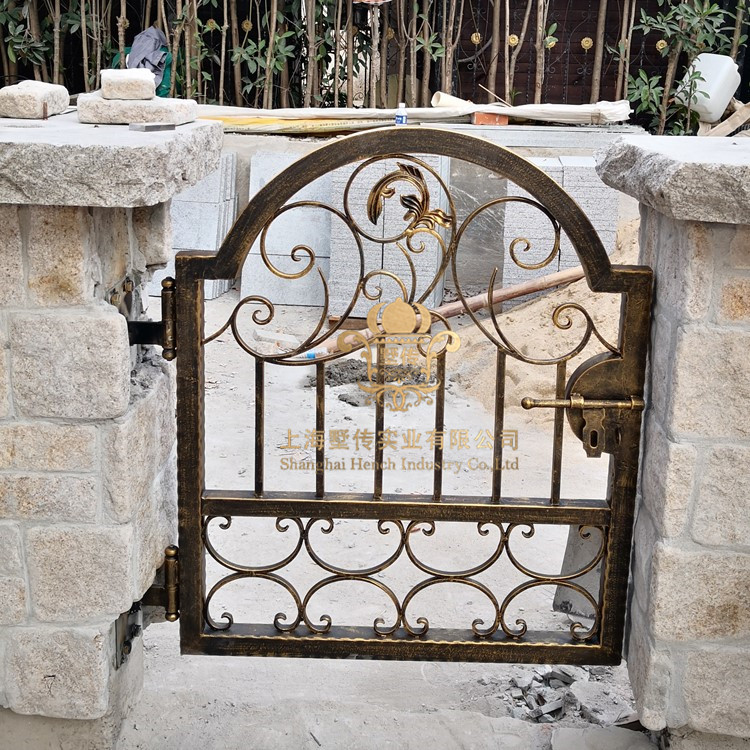 Hand Made Wrought Iron Gates Designs Whole Sale Wrought Iron Gates Metal Gates Steel Gates Hc-g65