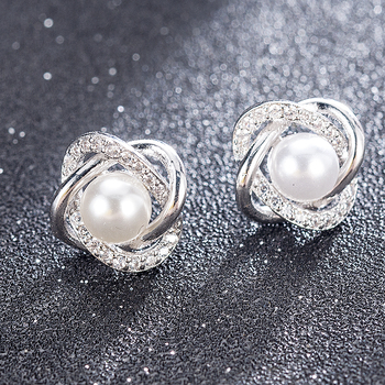 2020 Fashion Plated Crystal Star Pearl Ear Stud Earrings For Women Wedding Jewelry Bridal Accessories Boucle D'oreille Femmer