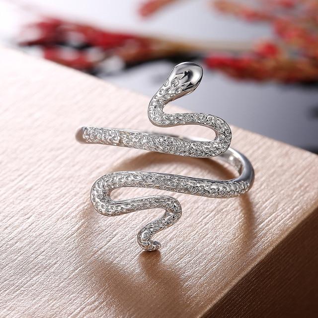 Bague en argent femme serpent