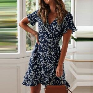 Frauen Kleider Sommer 2019 Sexy V-ausschnitt Blumen Druck Boho Strand Kleid Rüschen Kurzarm EINE Linie Mini Kleid Wrap sommerkleid Robe