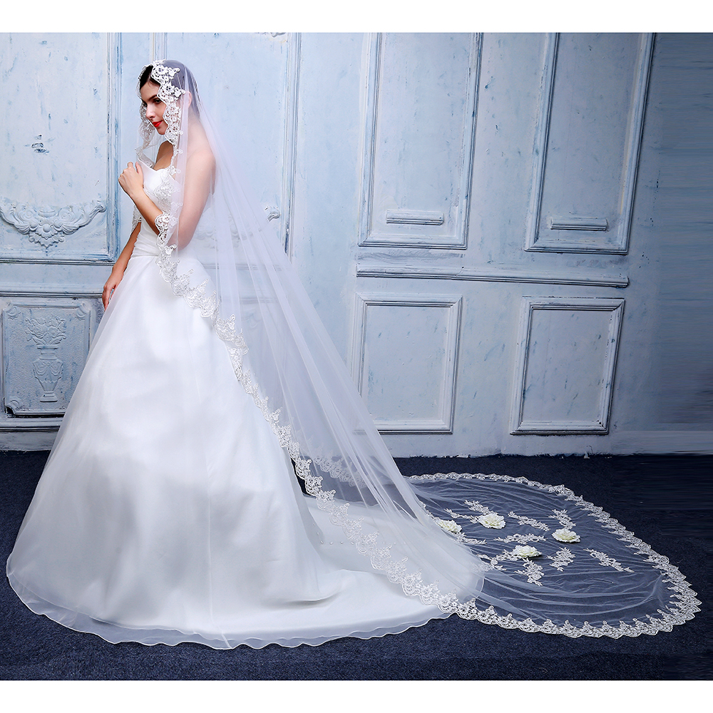 2019 New Elegant Woman Cathedral Veils Soft Tulle 3d Flowers 3 M Lvory With Lace Edge Bridal Veil Wedding Dress Accessories