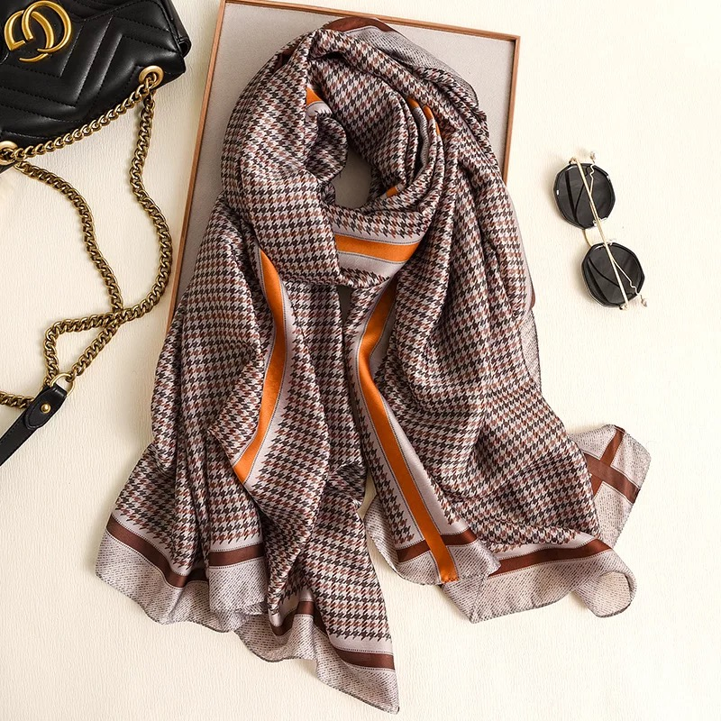 2020 Luxury Brand Women Scarf Summer Silk Autumn  Winter Lady Popular Style Print Scarf Women Pashimina Shawl Fashion Headscarf