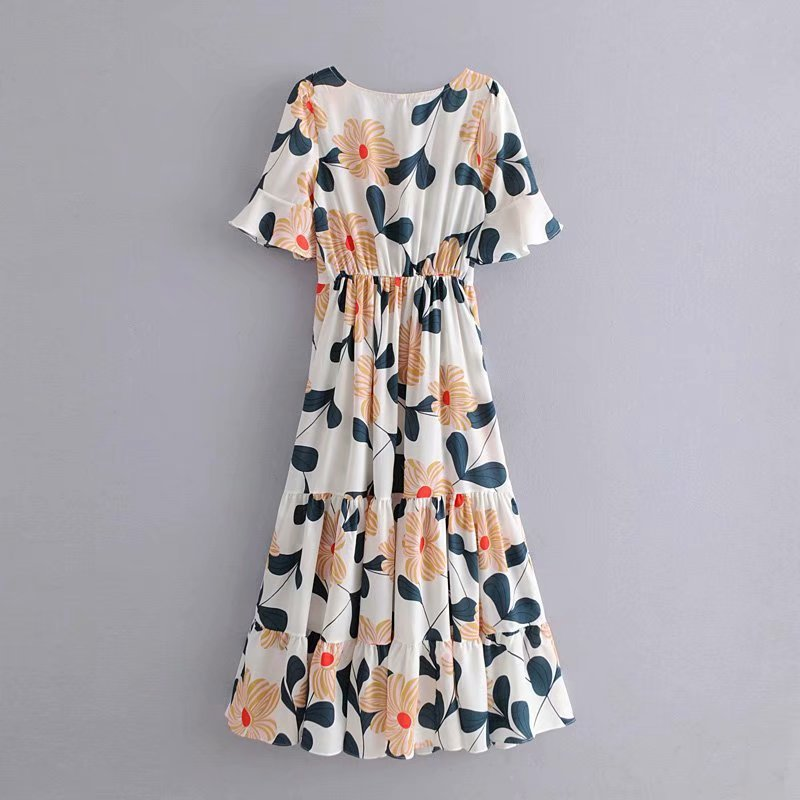 2019 Western Style Autumn And Winter WOMEN'S Dress New Style Holiday White Begonia Printed Bell Sleeve Corset Beach Skirt