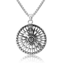 Personality Retro-European and American Fashion Guide Compass Men Titanium Steel Pendant Necklace One Substitute
