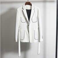 Blazer negro blanco contraste con cinturón ajustado ajuste chaqueta de hombre negocios vestido Casual boda novio nuevo Blazer de hombre coreano