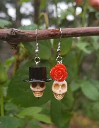 Gothic Skull with Red Rose Dangle Earrings,Day of The Dead Earring,Funny Skull,Halloween Earring - Goth Earrings -Gift for Her