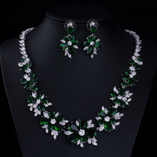 Zestawy biżuterii ślubnej z białego kryształu modne kolczyki zestawy biżuterii ślubnej dla kobiet w stylu klasycznym tanie tanio Miedzi Kobiety Cyrkonia Zestawy biżuterii dla nowożeńców Moda TRENDY Ślub Jewelry Sets Kwiat earrings and necklaces
