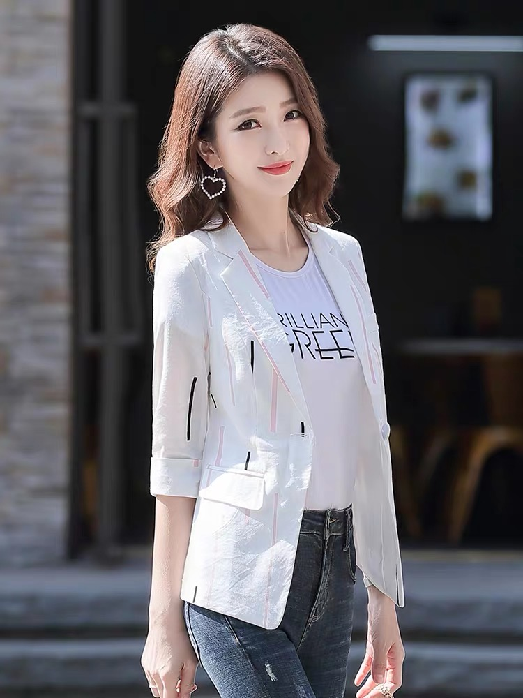 Spring and summer suit women Korean version of the small man Slim short retro wild waist thin section small suit