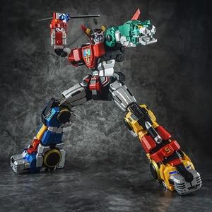 Image 4 - In Voorraad Titan Power Titanpower Tp TP 01 TP01 Titan Beest Koning Chogokin Voltron W/Led Action Figure