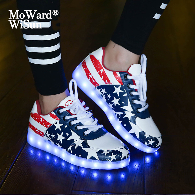 Size 30-43 LED Light Up Sneakers Shoes Glowing Sneakers Luminous Children Kids Boys Girls Casual Shoes Basket Femme LED Slippers