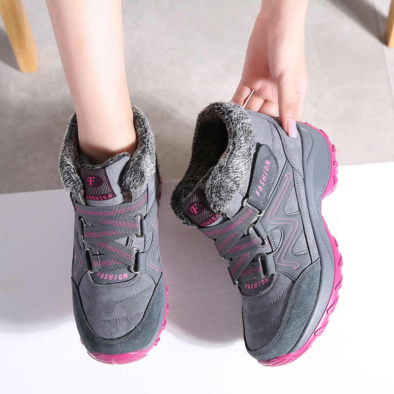 STQ Inverno Mulheres Neve Botas Sapatos Rodada Toe Altura Crescente Ankle Boots Calçados femininos Planas Empurrão Quente Lace-Up botas de neve 6139