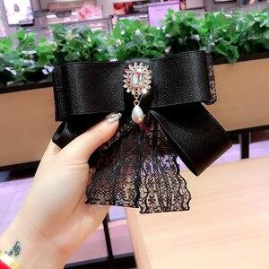 Кружевная лента, жемчужный галстук-бабочка для девочек, модные броши для женщин, белая рубашка, корсаж, галстуки на шею, корейские свадебные ...