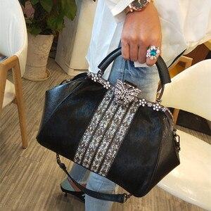 Модная женская меховая сумка-мессенджер из конского волоса, кожаная сумка-тоут с бахромой, стразы, металлическая оправа, Бостонская сумка, с...