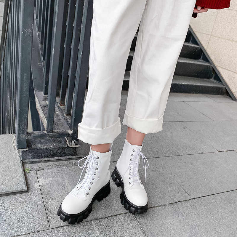 FEDONAS צלב קשור נשים עור מפוצל קרסול מגפי שמנמן עקבים בתוספת גודל מסיבת ריקודי נעלי אישה חורף אופנה מגפיים קצרים