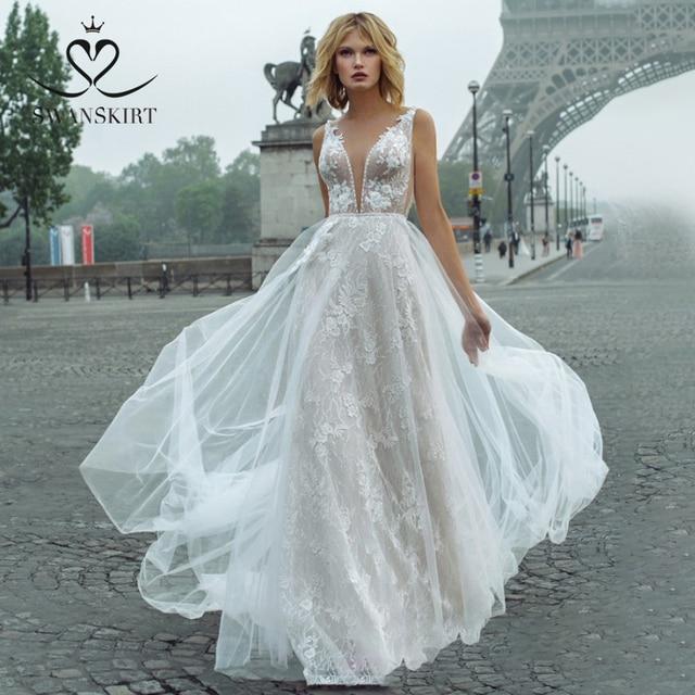 Fairy Lace Wedding Dress 2020 Swanskirt V neck Appliques A Line Flowers Princess Court Train Bride Gown vestido de noiva GY00